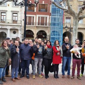 Ciudadanos acompaña a representantes de JUSAPOL en su reivindicación frente a Delegación del Gobierno en La Rioja