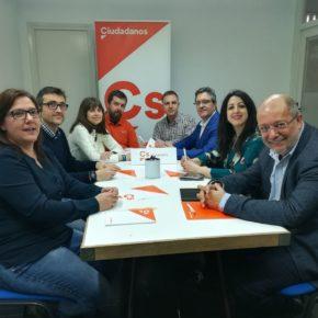 El Portavoz de Sanidad de Ciudadanos en el Congreso se reúne con la Agrupación de Ciudadanos Calahorra