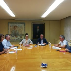 Ciudadanos se reúne con UGT y CCOO de cara al próximo Debate sobre el Estado de la Región