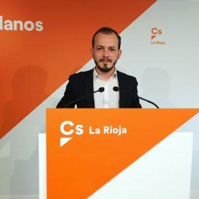 """Baena: """"Ceniceros es el presidente con el que cierran y se marchan más empresas en La Rioja"""""""