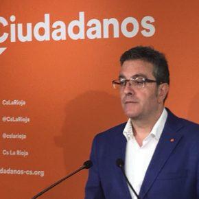 """San Martín: """"Le pedimos al PSOE que construya el modelo de ciudad pensando en el futuro y no pensando en el pasado"""""""