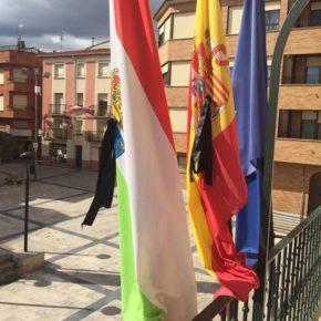 Lardero guarda un minuto de silencio por las víctimas del COVID 19 y en solidaridad con sus familiares