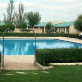 """""""Enhorabuena a los vecinos de El Cortijo porque podrán disfrutar de las piscinas del barrio este verano"""