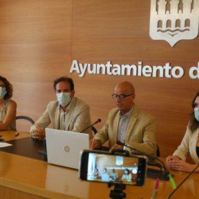 Ciudadanos reclama al gobierno local que inicie una campaña para eliminar los orines de perros en calles y edificios de Logroño
