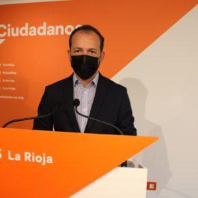 """Baena: """"El Gobierno de Andreu quería una Enoregión de referencia mundial y están creando una capital de turismo de borrachera"""""""